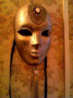 carneval in venice mask