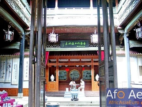 Zen Buddhism Kungfu daily life chores in the monastery